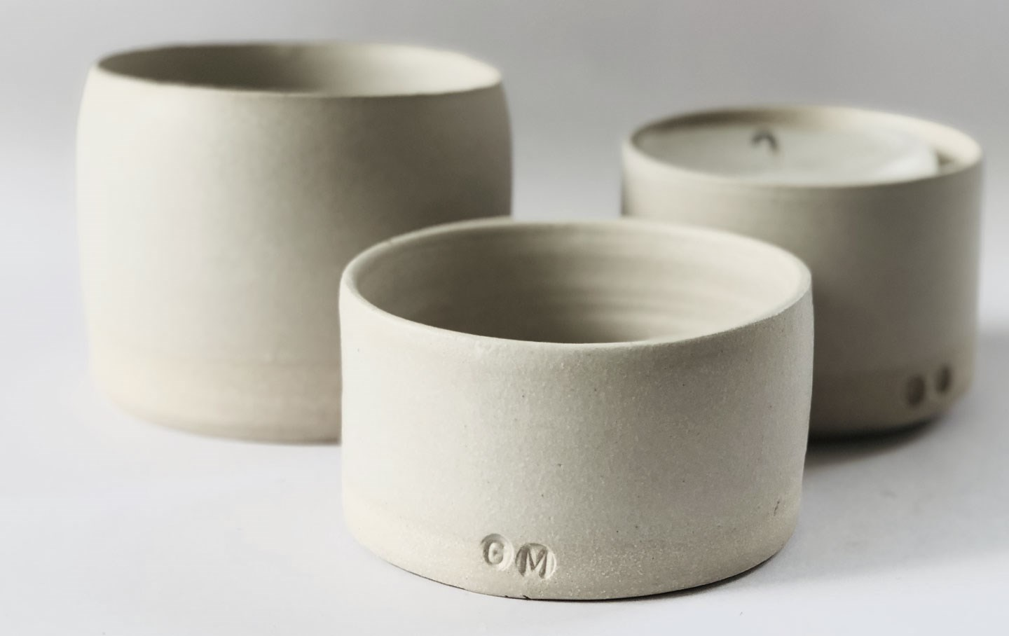 simple modern pottery